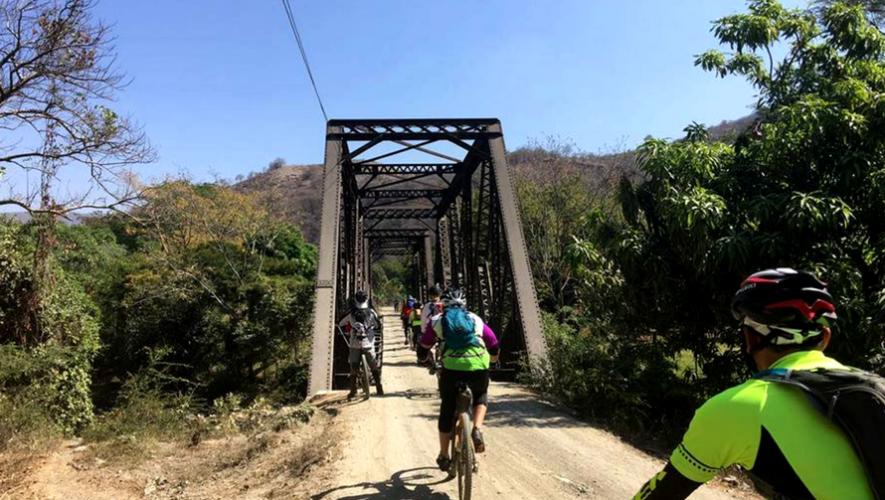 Paseo en bicicleta por vías férreas de El Progreso | Julio 2017