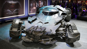 (Foto: Extraída de Atomix , Warner Bros.)