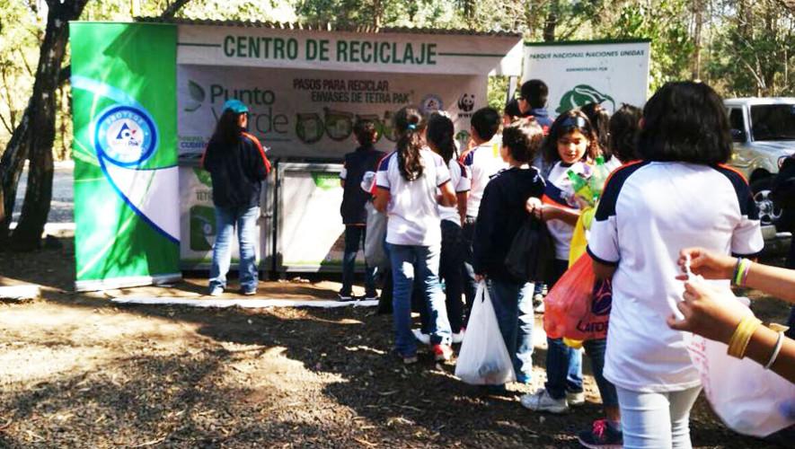 Estaciones de reciclaje al aire libre en los municipios de GuatemalaEstaciones de reciclaje al aire libre en los municipios de Guatemala