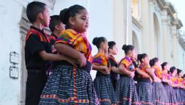 Parejas de Baile de Santa Rosita zona 16 cautivan a los guatemaltecos