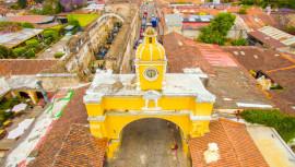 Lugares en la Calle del Arco de Antigua Guatemala