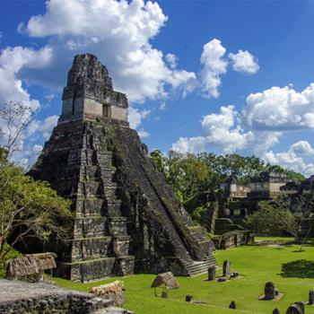 Ruinas Mayas en Tikal