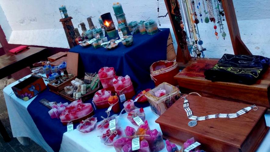 Mercado de productos artesanales en La Casa de Cervantes   Agosto 2017