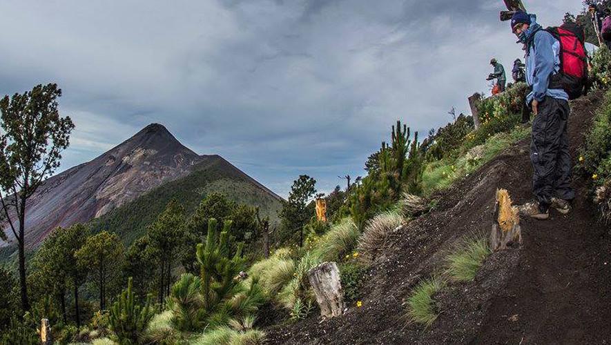 Ascenso nocturno al volcán Acatenango | Septiembre 2017