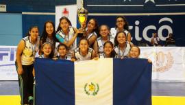 Guatemala se quedó con el bronce luego de sumar tres victorias y 2 derrotas en su participación en el Centroamericano Sub-18 realizado en Honduras. (Foto: Afecavol)