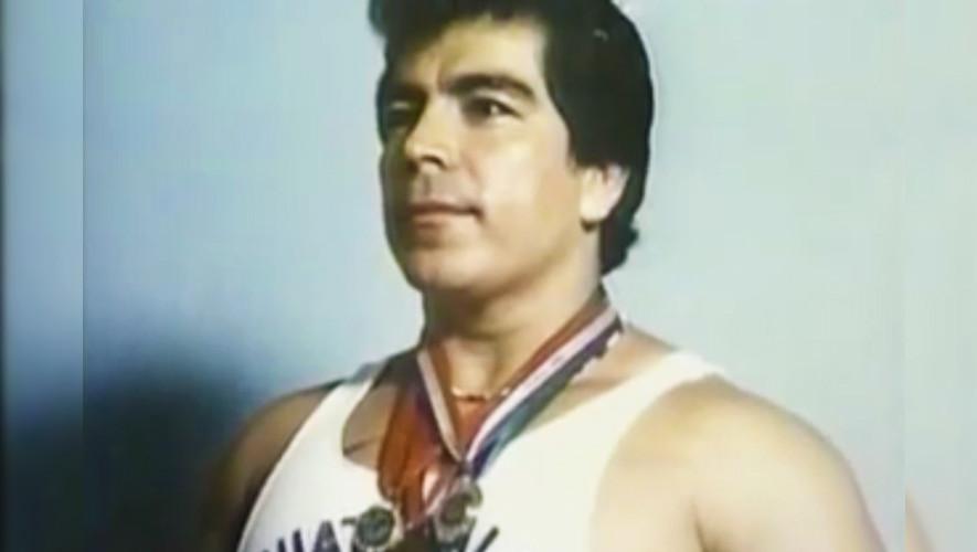 Rolando de León, el guatemalteco campeón mundial de Halterofilia