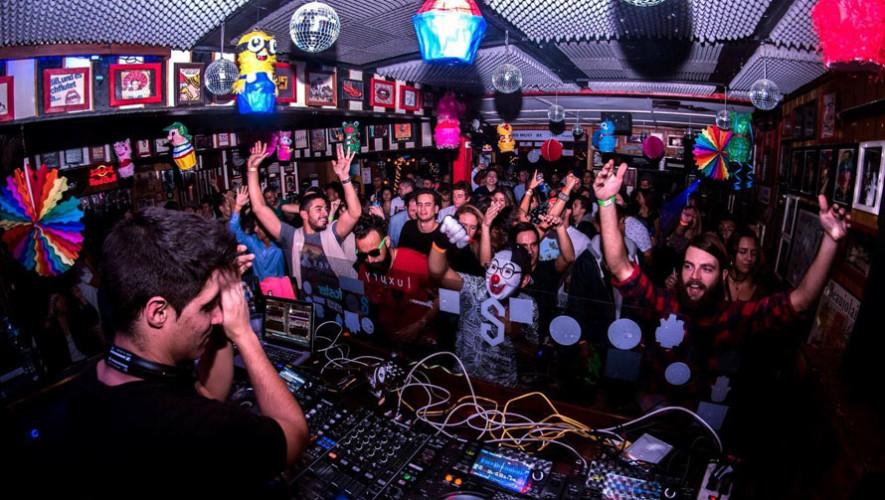 Fiesta de djs en Secret Garden | Agosto 2017