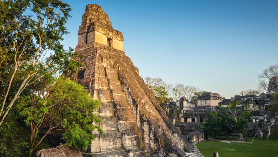 Viaje a Tikal y expedición en bicicleta a Uaxactún, Petén | Agosto 2017