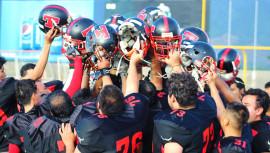 Los Toros sumaron su primer título en la historia del fútbol americano de Guatemala, tras vencer 14-7 a Dragones. (Foto: Toros - Football Americano)