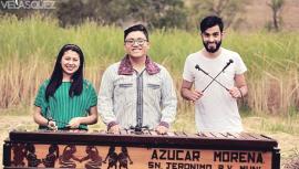 Jóvenes guatemaltecos demuestran su talento en la interpretación de la marimba. (Foto: German Velásquez)