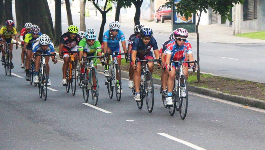 La Vuelta Femenina a Guatemala contará con 3 etapas y un prólogo en el Velódromo Nacional, además contará con la presencia de equipos de El Salvador, Puerto Rico y Honduras. (Foto: FGC)