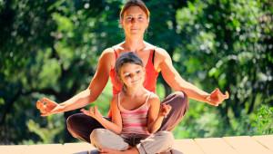 Clase de yoga en familia | Septiembre 2017