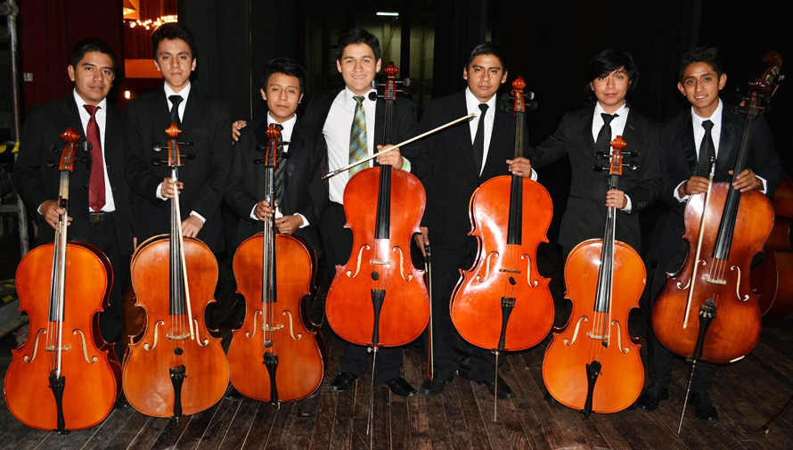 Convocatoria de becas completas para músicos guatemaltecos