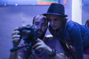 El director Alejo Crisóstomo junto a la actriz Katthia González. (Foto: Extraída de La Nación)