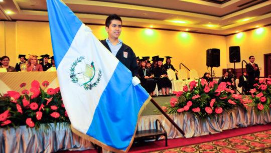 Juan Manuel es uno de los peritos contadores más inteligentes de Guatemala