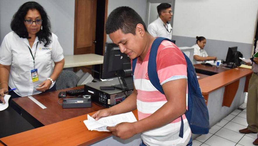 RENAP ofrece oportunidad de empleo, septiembre 2017