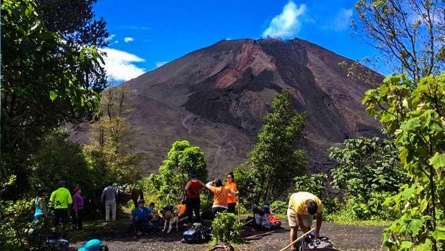 Ascenso al volcán Pacaya y Kayak en Laguna de Calderas   Octubre 2017