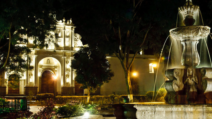Noche de leyendas en Antigua Guatemala | Octubre 2017