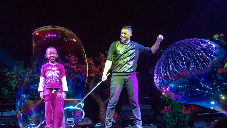 Show de burbujas en Guatemala   Noviembre 2017
