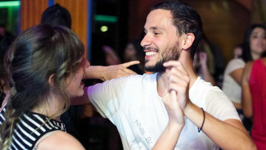 Clase de bailes latinos en ArteCentro Paiz | Septiembre 2017