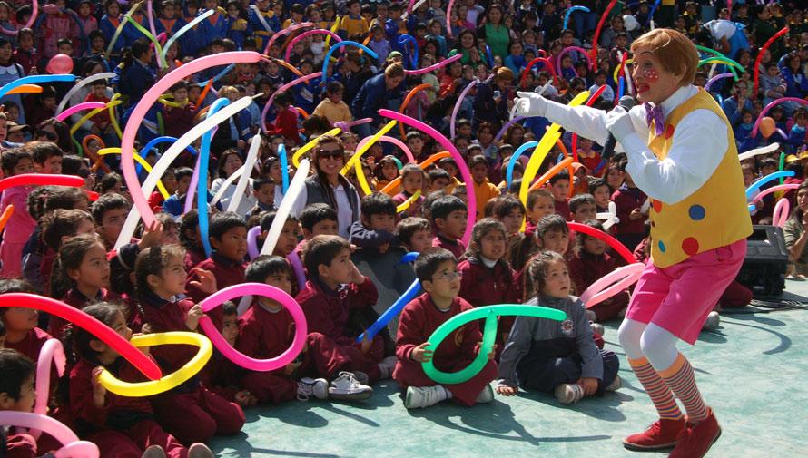 Celebración del Día del Niño en Plaza Atanasio Tzul