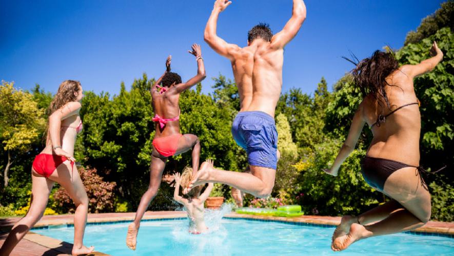 Fiesta en una piscina en Conceptió | Septiembre 2017
