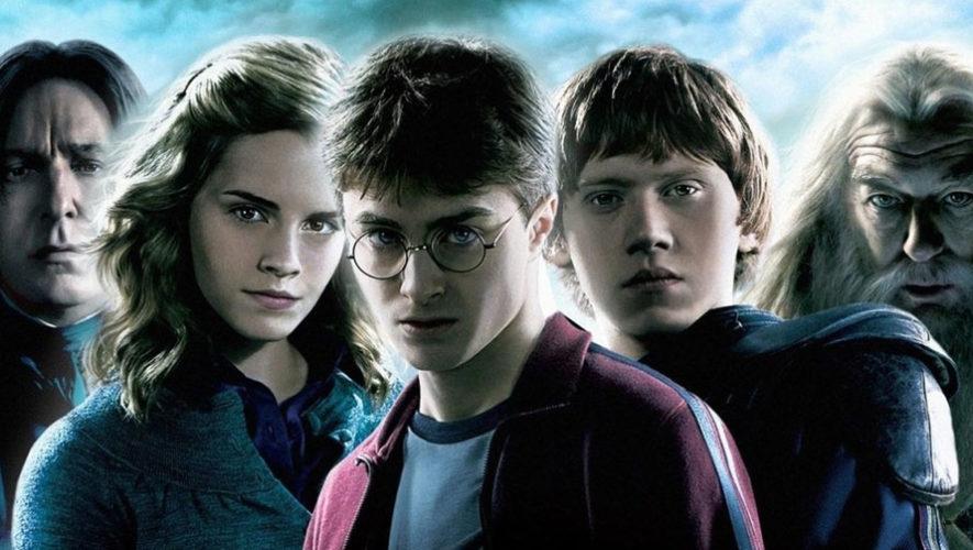 Club de lectura de Harry Potter en Mona Café | Septiembre 2017