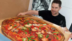 Reto de pizza gigante en La Fattoria |Septiembre 2017