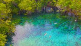 Arrecifes, bahías, penínsulas y arroyos en Guatemala