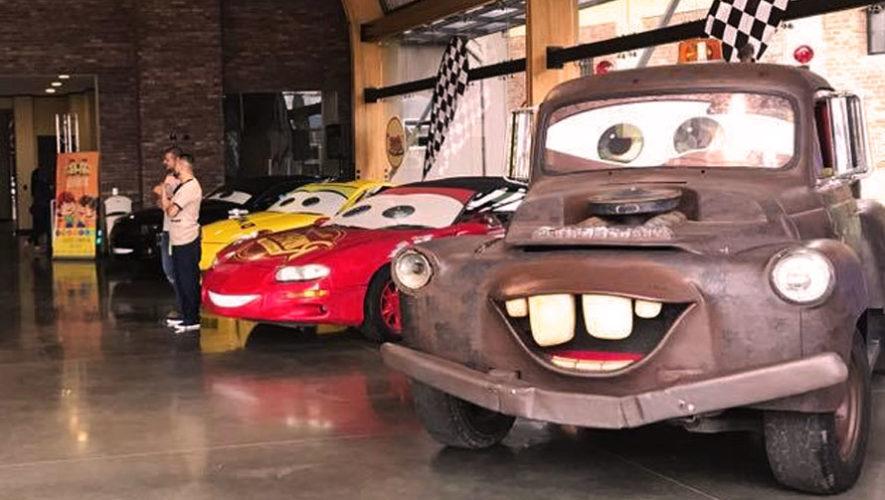 Exposición de carros de la película Cars en Cayalá   Octubre 2017