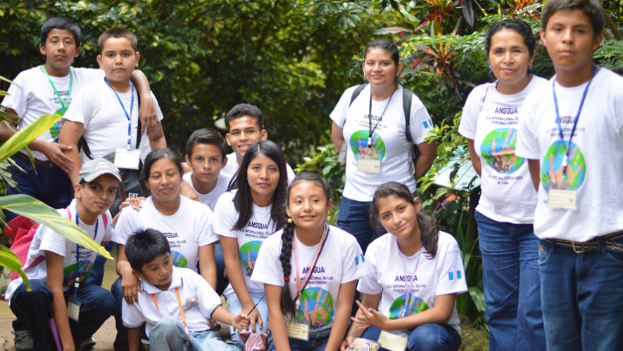 Buscan voluntarios para la Asociación Nacional de Sordos de Guatemala