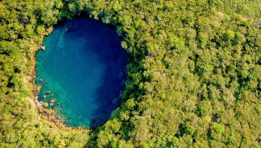Cenote menor de Candelaria Guatemala