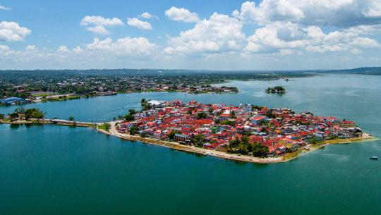 Isla de Flores, Petén, es uno de los pueblos más pintorescos del mundo