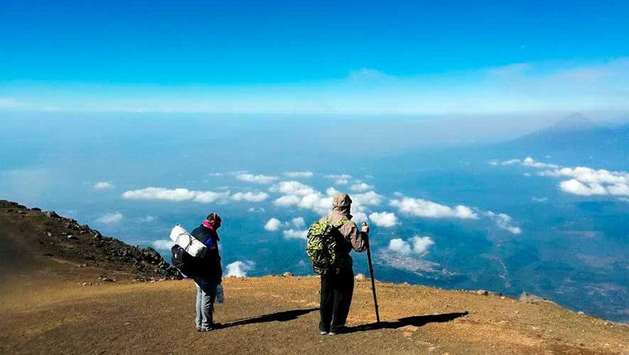 Ascenso al Volcán Acatenango por Ruta Naranja | Octubre 2017