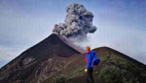 Ascenso nocturno al volcán de Fuego | Octubre 2017