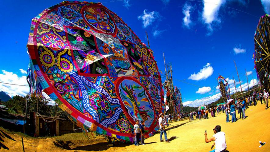 Festival de barriletes gigantes de Sumpango 2017