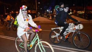 Colazo en bicicleta con disfraces en Mixco | Octubre 2018