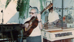 Homenaje a José Ernesto Monzón en Paraninfo Universitario | Octubre 2017