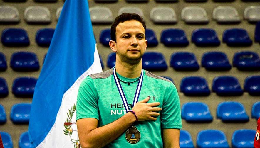 campeón del Torneo Internacional de Bádminton 2017