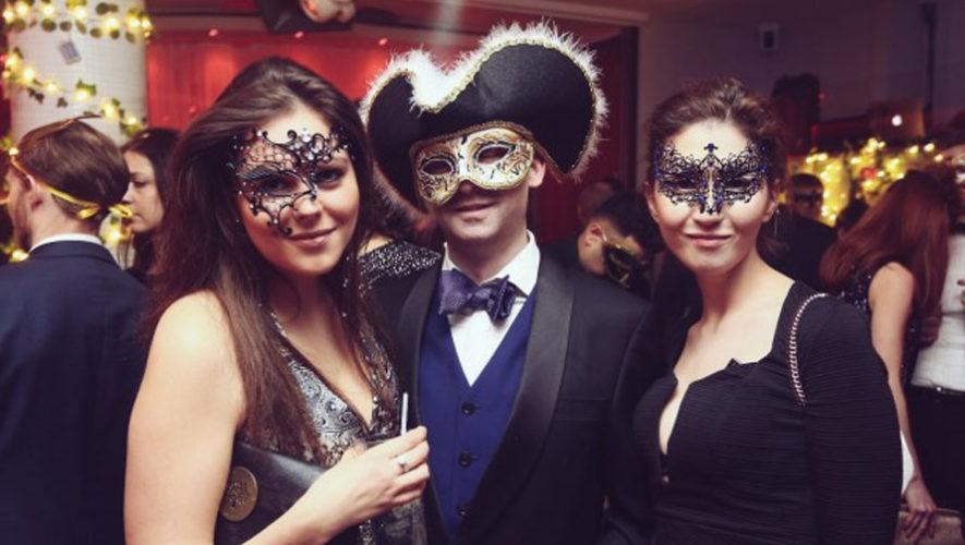 Fiesta de máscaras en Astro Bar | Octubre 2017
