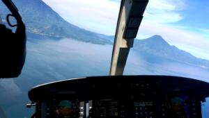 Paseo en helicóptero sobre el Lago de Atitlán | Octubre 2017