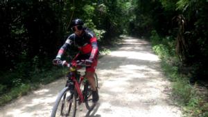 Viaje para hacer expedición en bicicleta a Tikal, Yaxhá y Uaxactún | Octubre 2017