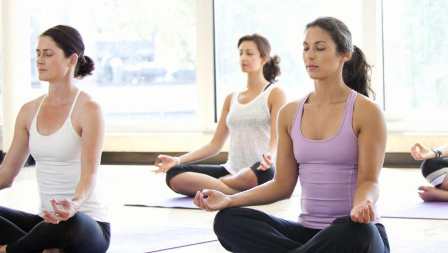 Taller de yoga para principiantes en Latidos | Octubre 2017