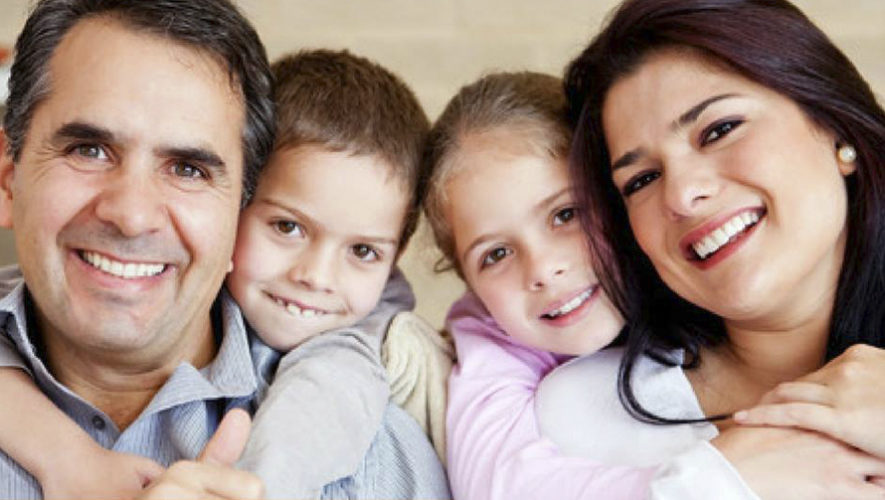 Clínicas Sonríe tendrá planes dentales familiares gratis en Guatemala