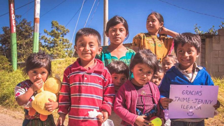 Dona juguetes en buen estado para los niños de Patzún, noviembre 2017