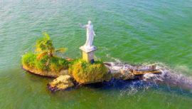 lugares exóticos ubicados en medio del agua en Guatemala