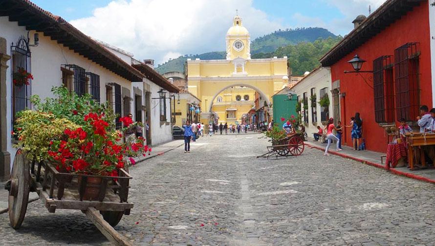 Inscríbete en el Festival de Las Flores en Antigua Guatemala, 2017