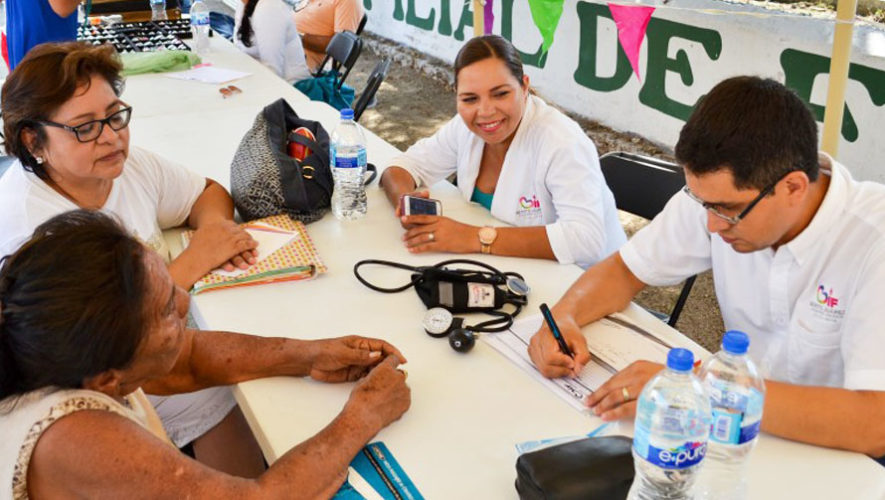 Jornada médica gratuita para mujeres en la Universidad de San Carlos 2017