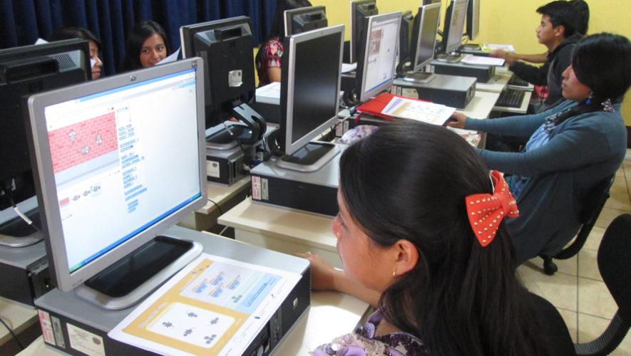 Programa Valentina busca capacitar a jóvenes guatemaltecos en 2018