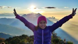 Stephanie Aragón, la guatemalteca de 9 años que escaló los 37 volcanes